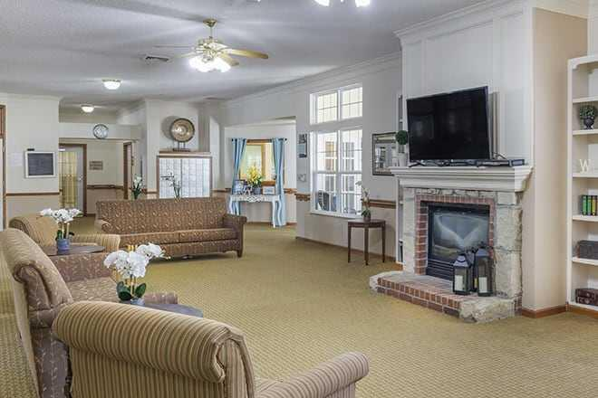 Photo of Brookdale Berkeley Boulevard, Assisted Living, Goldsboro, NC 2