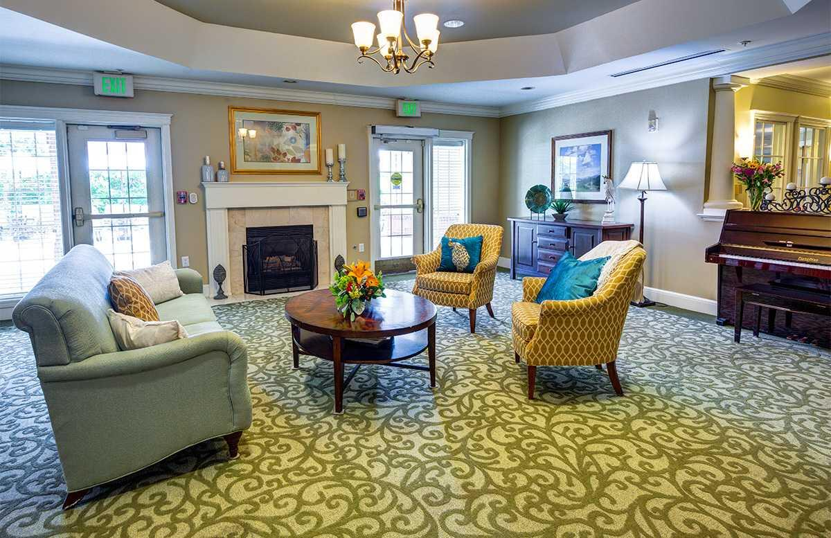 Photo of Glenwood Village of Overland Park, Assisted Living, Memory Care, Overland Park, KS 10