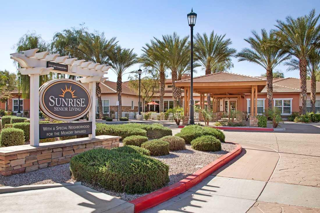 Photo of Sunrise of Chandler, Assisted Living, Chandler, AZ 1