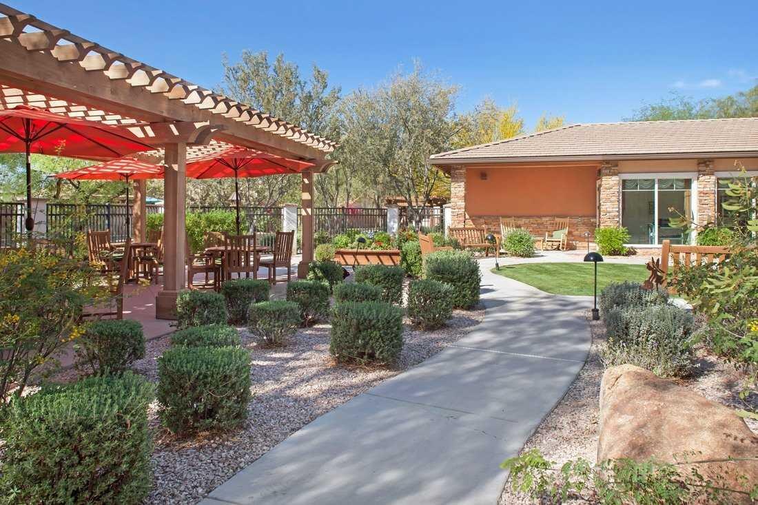 Photo of Sunrise of Chandler, Assisted Living, Chandler, AZ 5