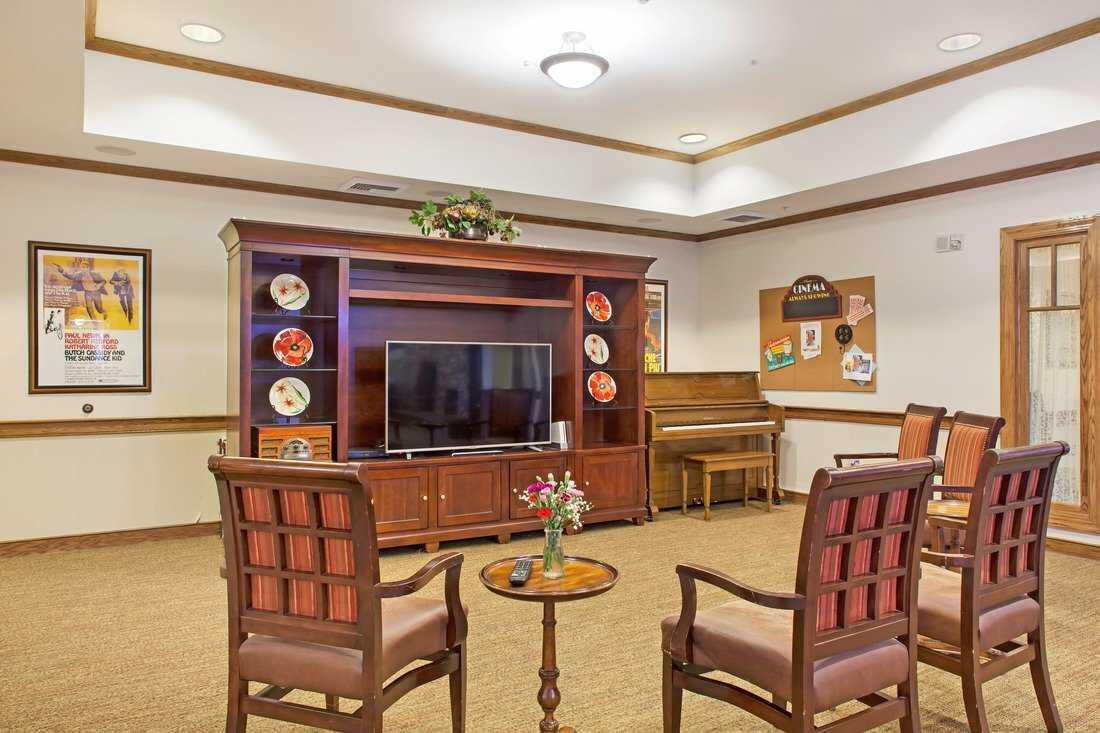 Photo of Sunrise of Chandler, Assisted Living, Chandler, AZ 13