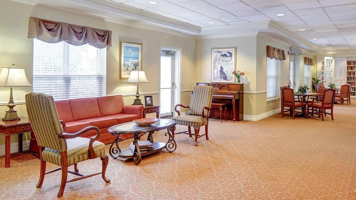 Photo of Atria Cherry Hill, Assisted Living, Cherry Hill, NJ 3
