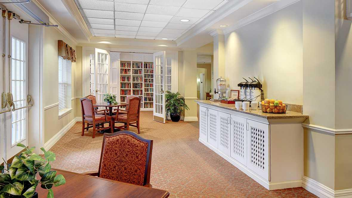 Photo of Atria Cherry Hill, Assisted Living, Cherry Hill, NJ 5