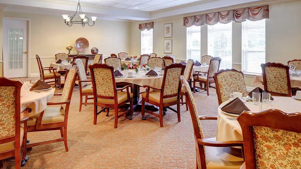 Photo of Atria Cherry Hill, Assisted Living, Cherry Hill, NJ 7
