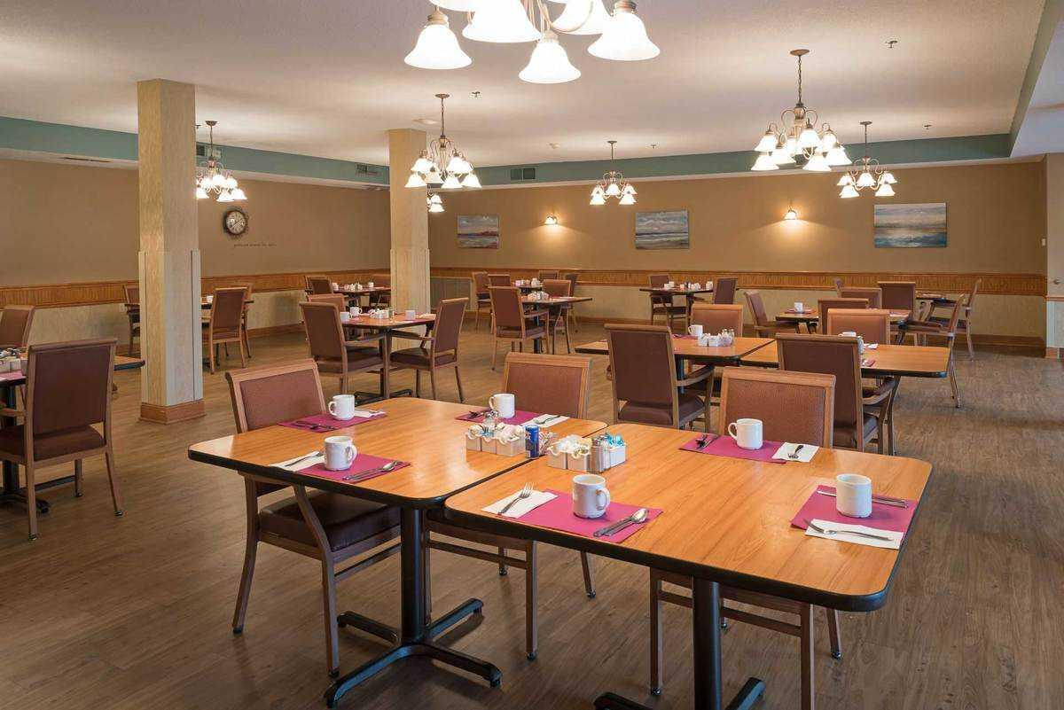 Photo of Epiphany Senior Housing, Assisted Living, Coon Rapids, MN 4