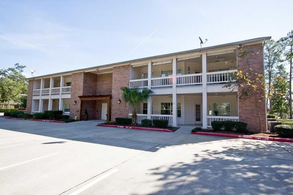 Photo of The Wellington at Conroe, Assisted Living, Conroe, TX 6
