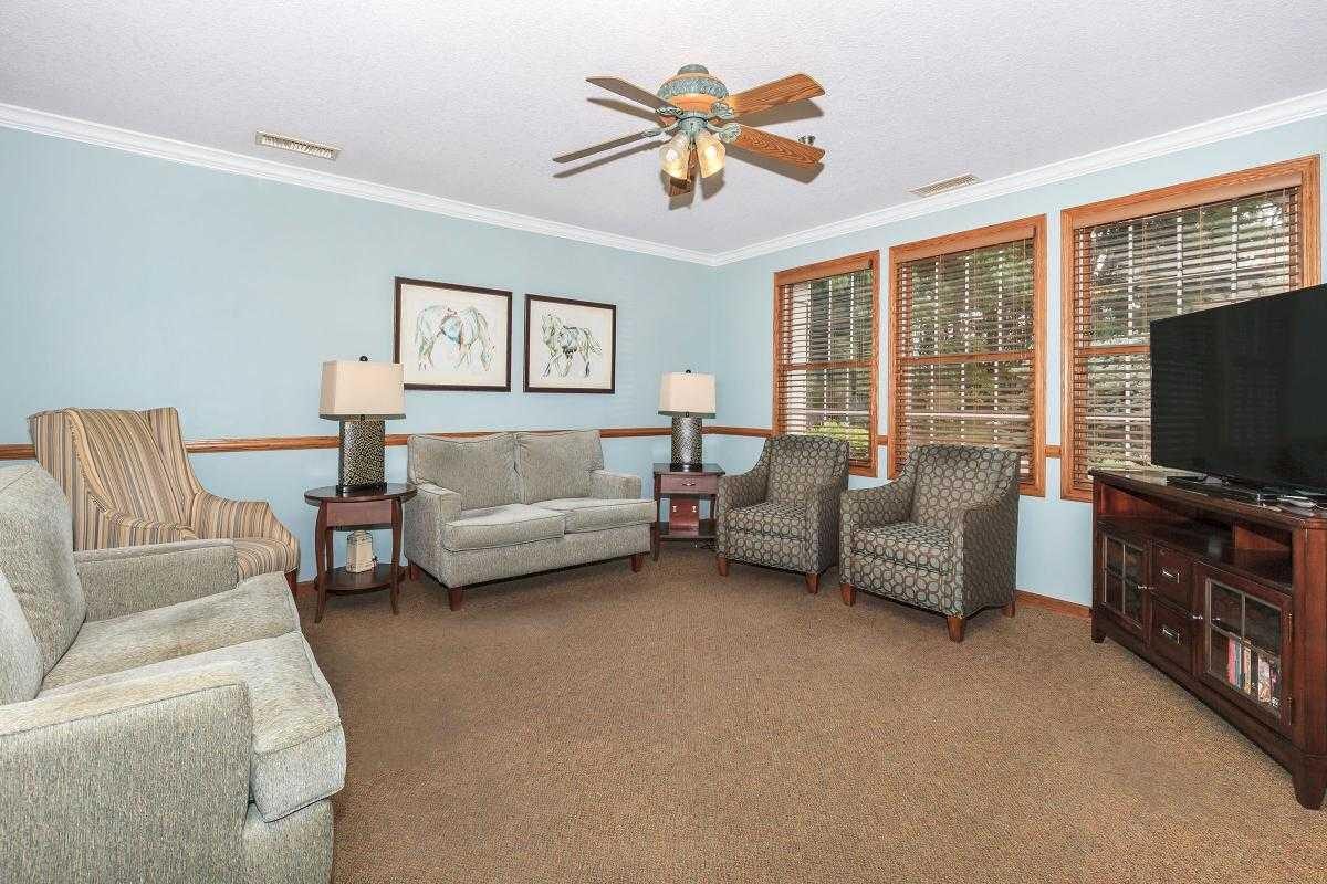 Photo of Country Manor Memory Care, Assisted Living, Memory Care, Davenport, IA 16
