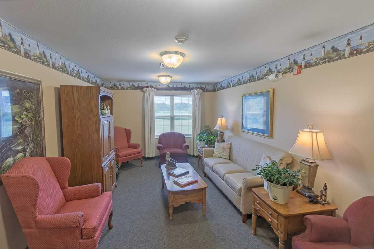 Photo of Heritage Woods of Watseka, Assisted Living, Watseka, IL 3