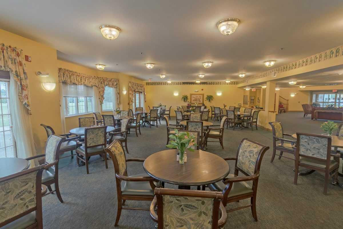 Photo of Heritage Woods of Watseka, Assisted Living, Watseka, IL 10