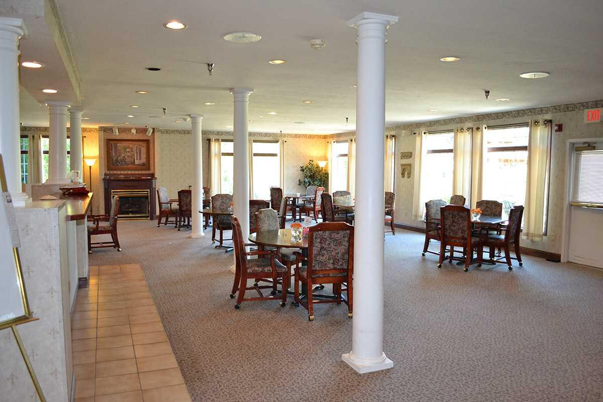 Photo of Crown Pointe Senior Living Community, Assisted Living, Greensburg, IN 2