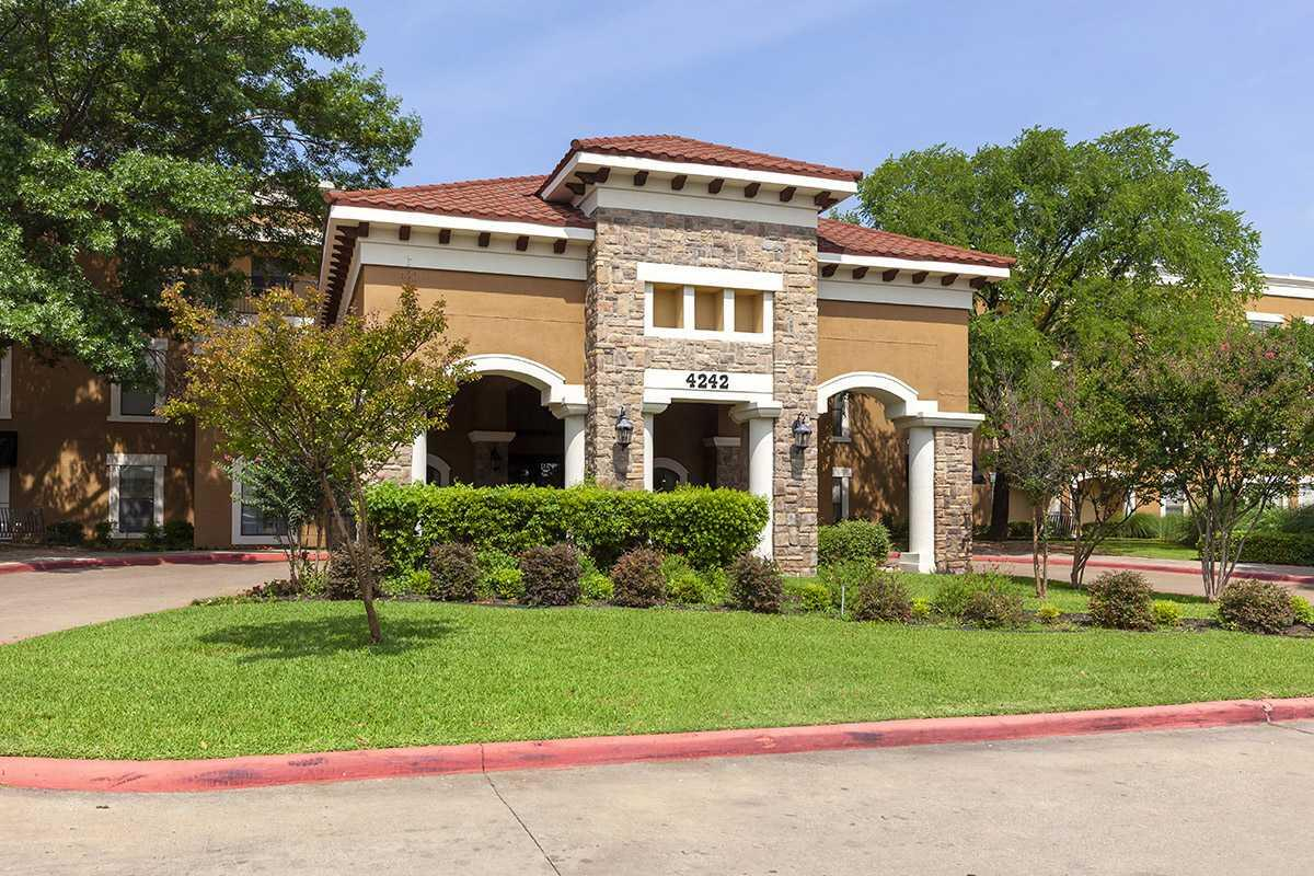 Photo of Mirabella Assisted Living, Assisted Living, Benbrook, TX 4