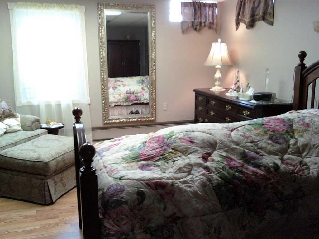Photo of A Room at the Inn, Assisted Living, Warren, MI 6