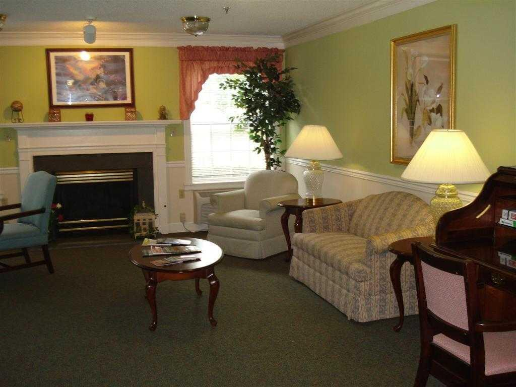 Photo of Springs of Catawba, Assisted Living, Hickory, NC 7