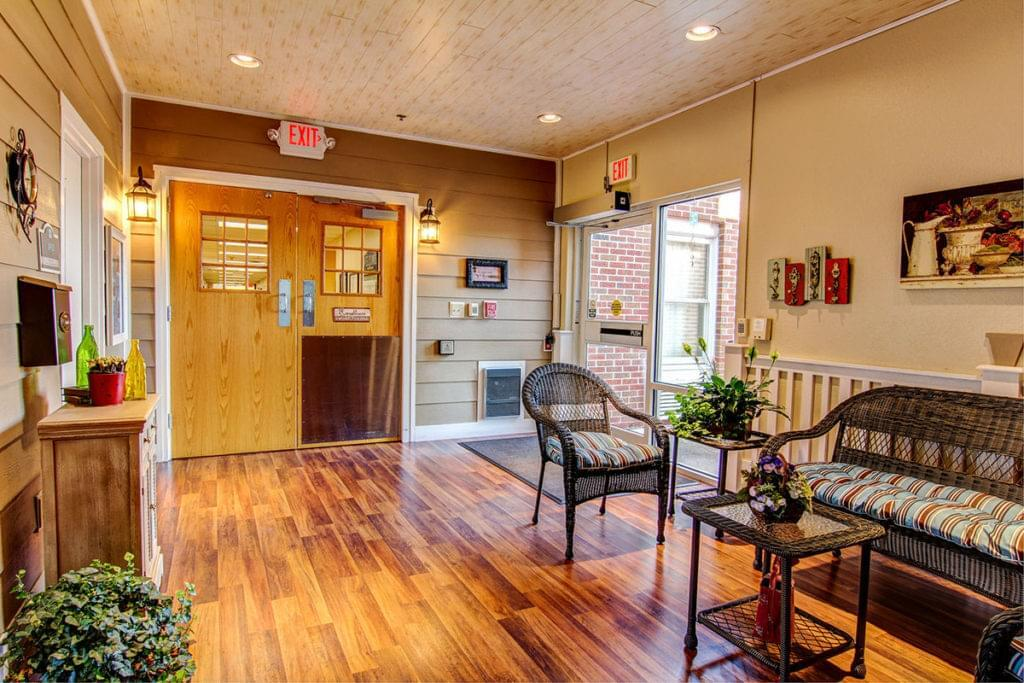 Photo of Heisinger Bluffs, Assisted Living, Nursing Home, Independent Living, CCRC, Jefferson City, MO 16