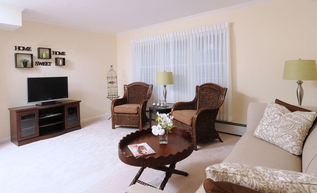 Photo of Hunt Community, Assisted Living, Nursing Home, Independent Living, CCRC, Nashua, NH 3