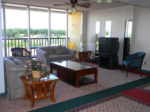 Photo of Landsun Homes, Assisted Living, Nursing Home, Independent Living, CCRC, Carlsbad, NM 7