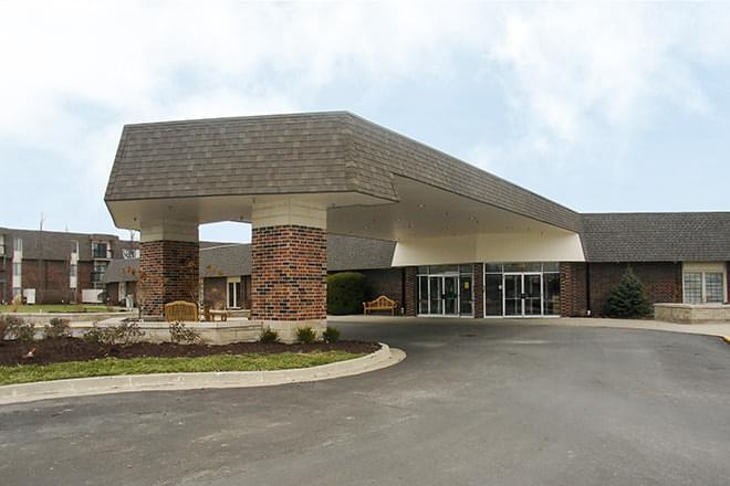 Photo of Brookdale Foxwood Springs, Assisted Living, Nursing Home, Independent Living, CCRC, Raymore, MO 1