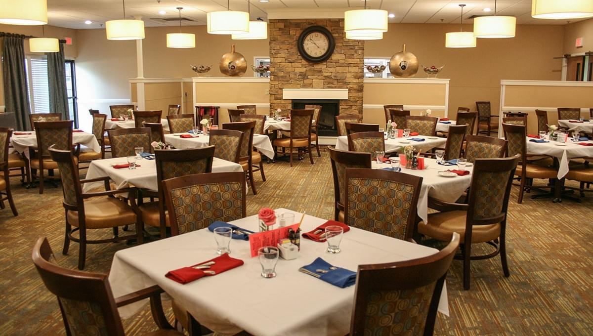 Photo of Brookdale Foxwood Springs, Assisted Living, Nursing Home, Independent Living, CCRC, Raymore, MO 7