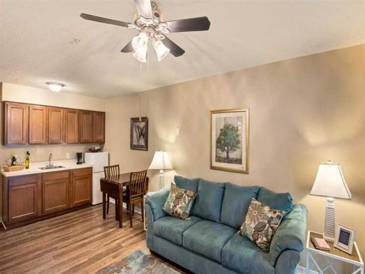 Photo of Wyndham Lakes, Assisted Living, Jacksonville, FL 4