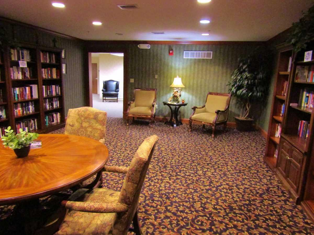 Photo of Cambridge House of Maryville, Assisted Living, Maryville, IL 3