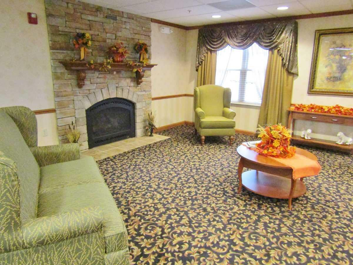 Photo of Cambridge House of Maryville, Assisted Living, Maryville, IL 10