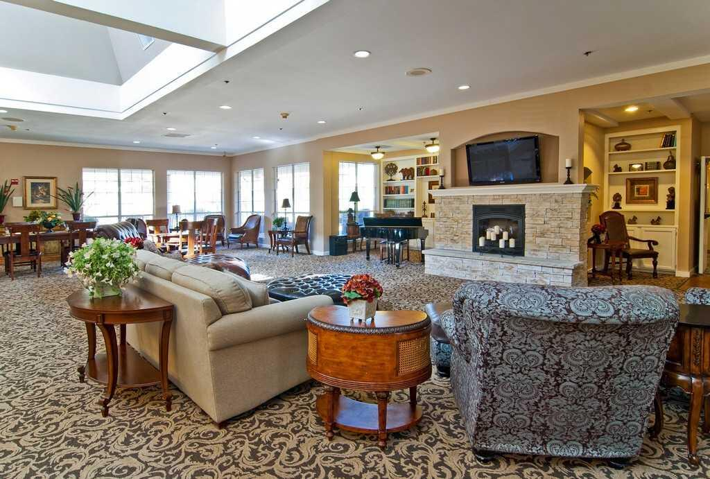 Photo of The Waterford on Cooper, Assisted Living, Arlington, TX 2
