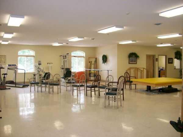 Photo of Oakdale Care Center, Assisted Living, Poplar Bluff, MO 3