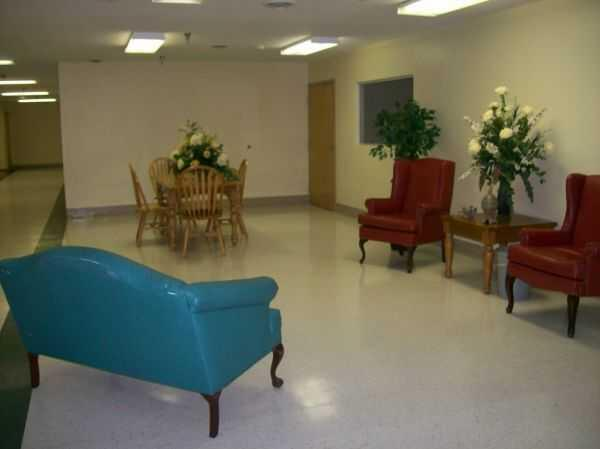Photo of Oakdale Care Center, Assisted Living, Poplar Bluff, MO 5