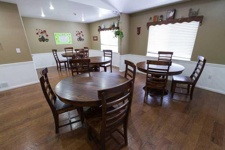 Photo of Ashley Manor - Carson, Assisted Living, Memory Care, Aurora, CO 3