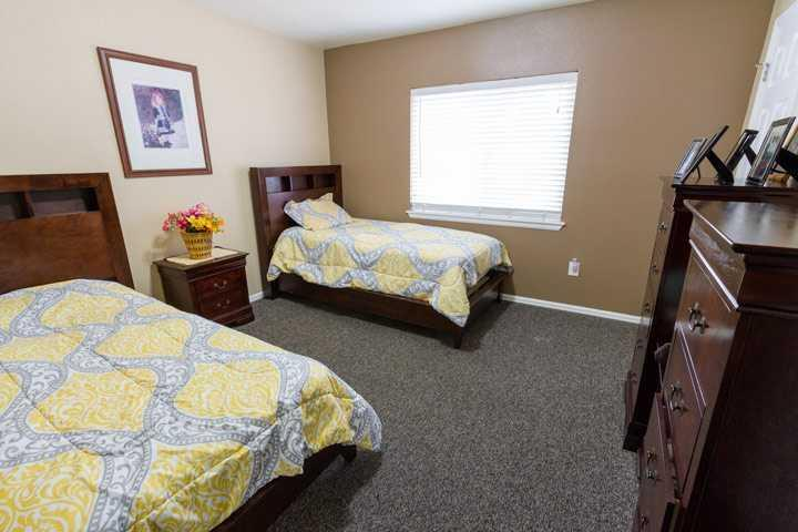 Photo of Ashley Manor - Carson, Assisted Living, Memory Care, Aurora, CO 4