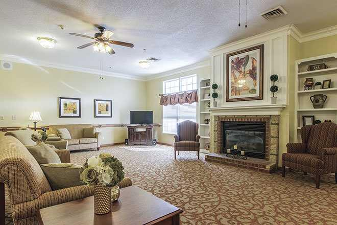 Photo of Brookdale Falling Creek, Assisted Living, Hickory, NC 2