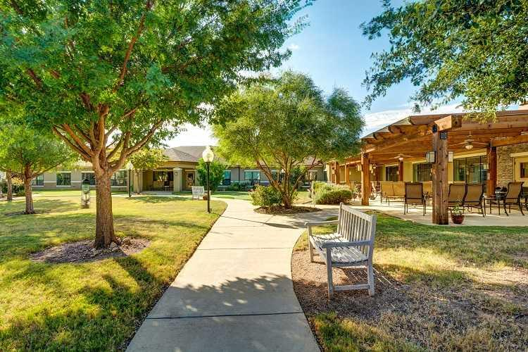 Photo of Auberge at Benbrook Lake, Assisted Living, Fort Worth, TX 13
