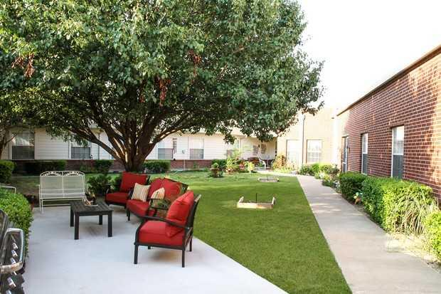 Photo of Covenant Place of Waxahachie, Assisted Living, Waxahachie, TX 7