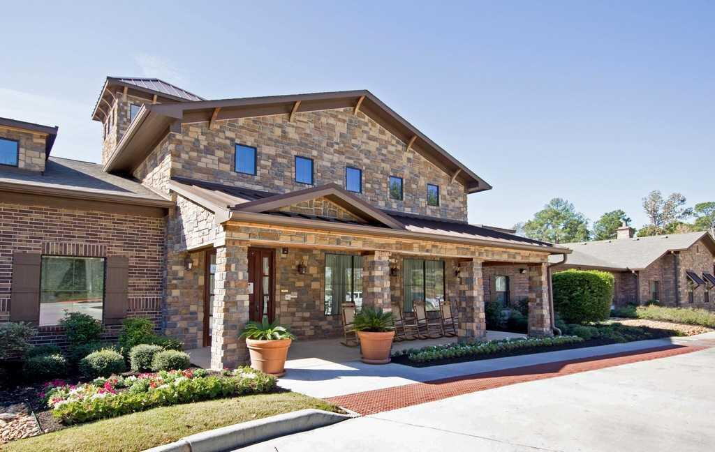 Photo of Heritage Oaks, Assisted Living, Memory Care, Conroe, TX 1