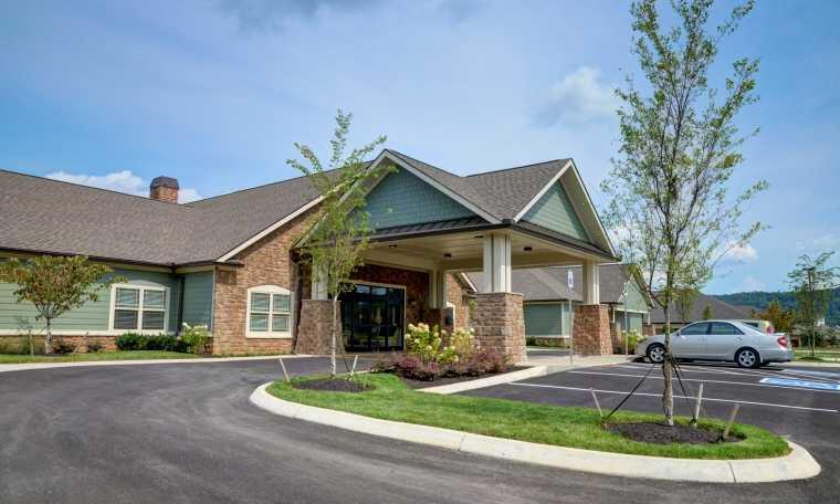 Photo of Maple Court, Assisted Living, Powell, TN 3