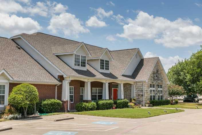 Photo of Meadowcreek Senior Living, Assisted Living, Lancaster, TX 1