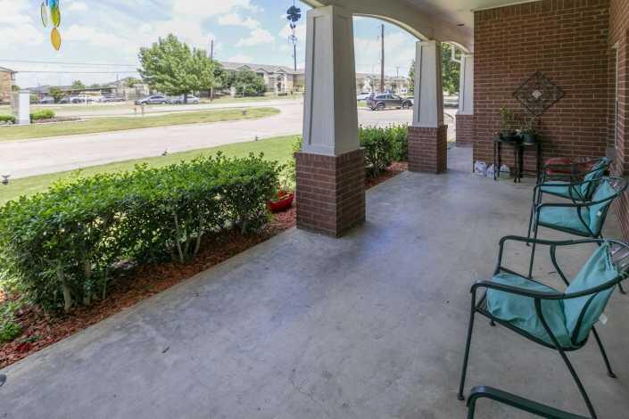 Photo of Meadowcreek Senior Living, Assisted Living, Lancaster, TX 10