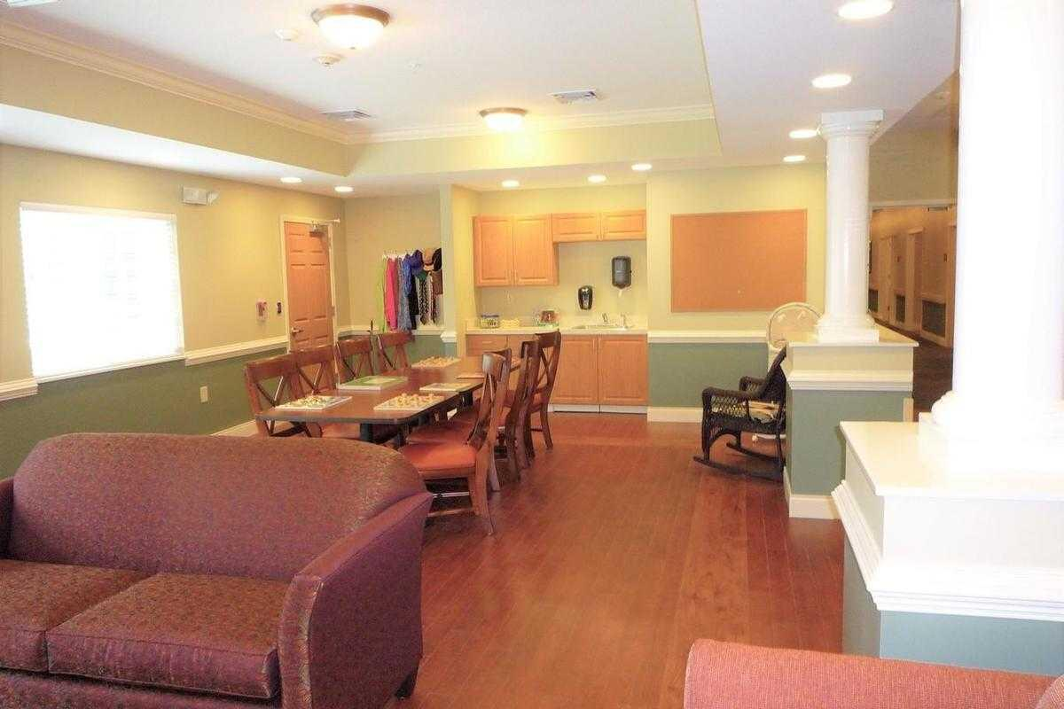 Photo of New Hanover House, Assisted Living, Wilmington, NC 2
