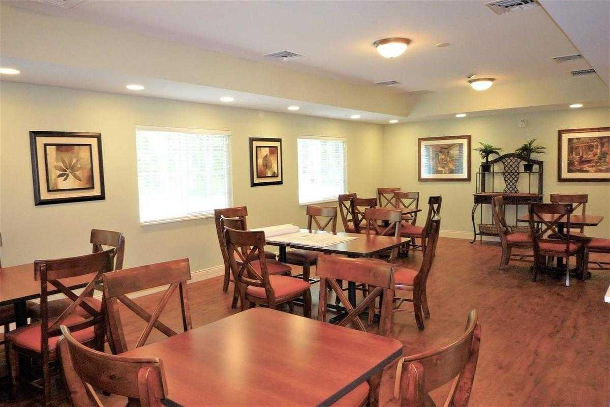 Photo of New Hanover House, Assisted Living, Wilmington, NC 4