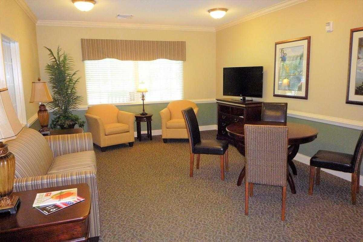 Photo of New Hanover House, Assisted Living, Wilmington, NC 6