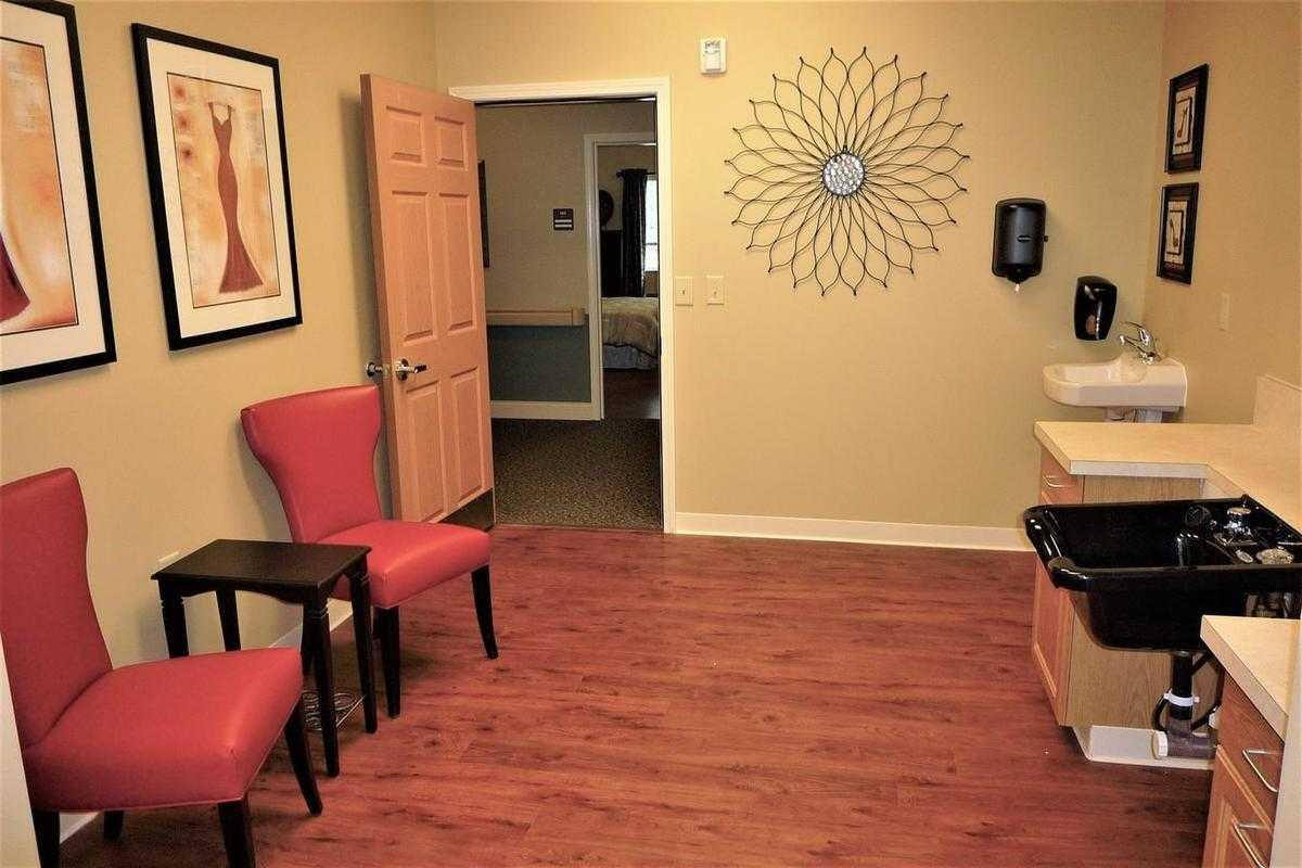 Photo of New Hanover House, Assisted Living, Wilmington, NC 10