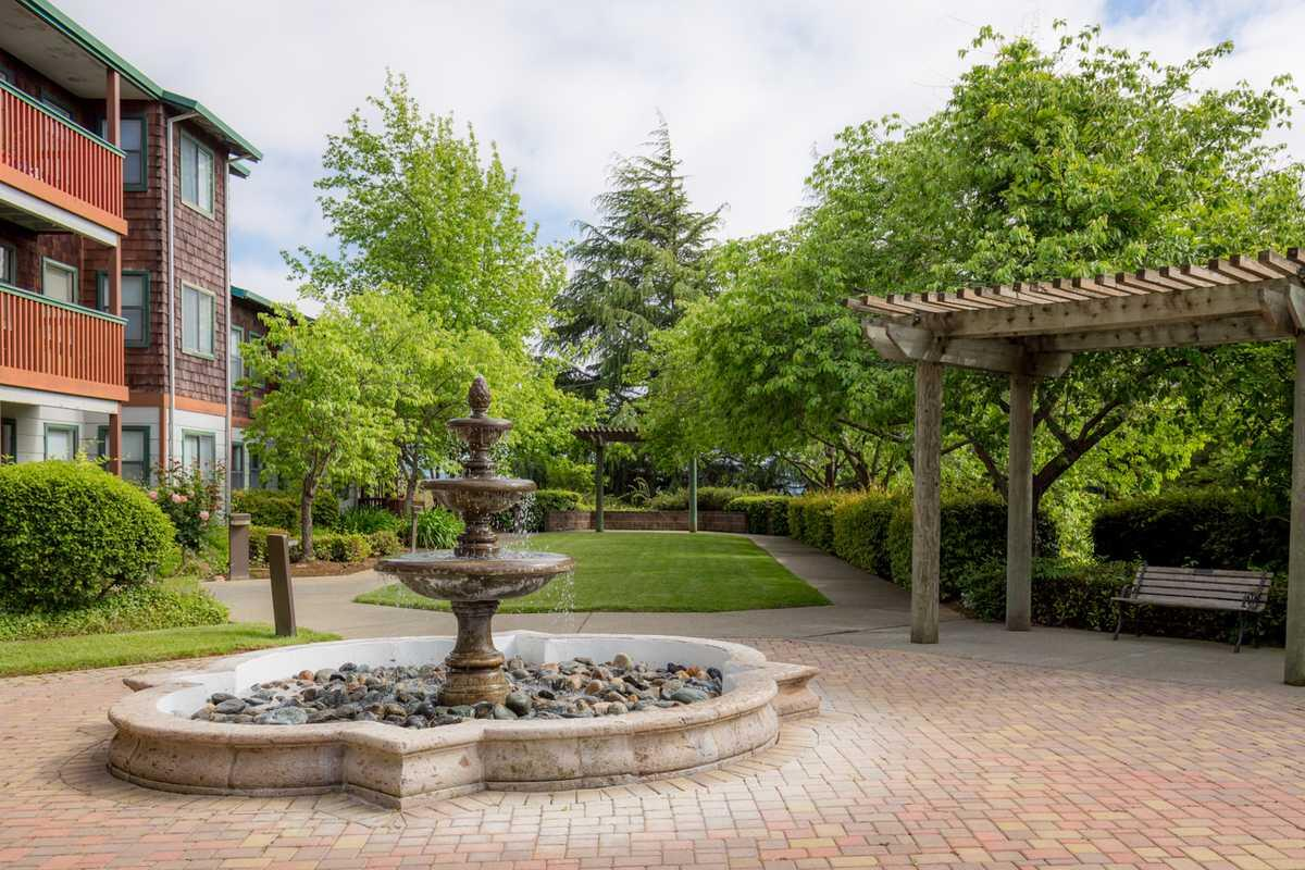 Photo of Vallejo Hills Retirement Community, Assisted Living, Vallejo, CA 2