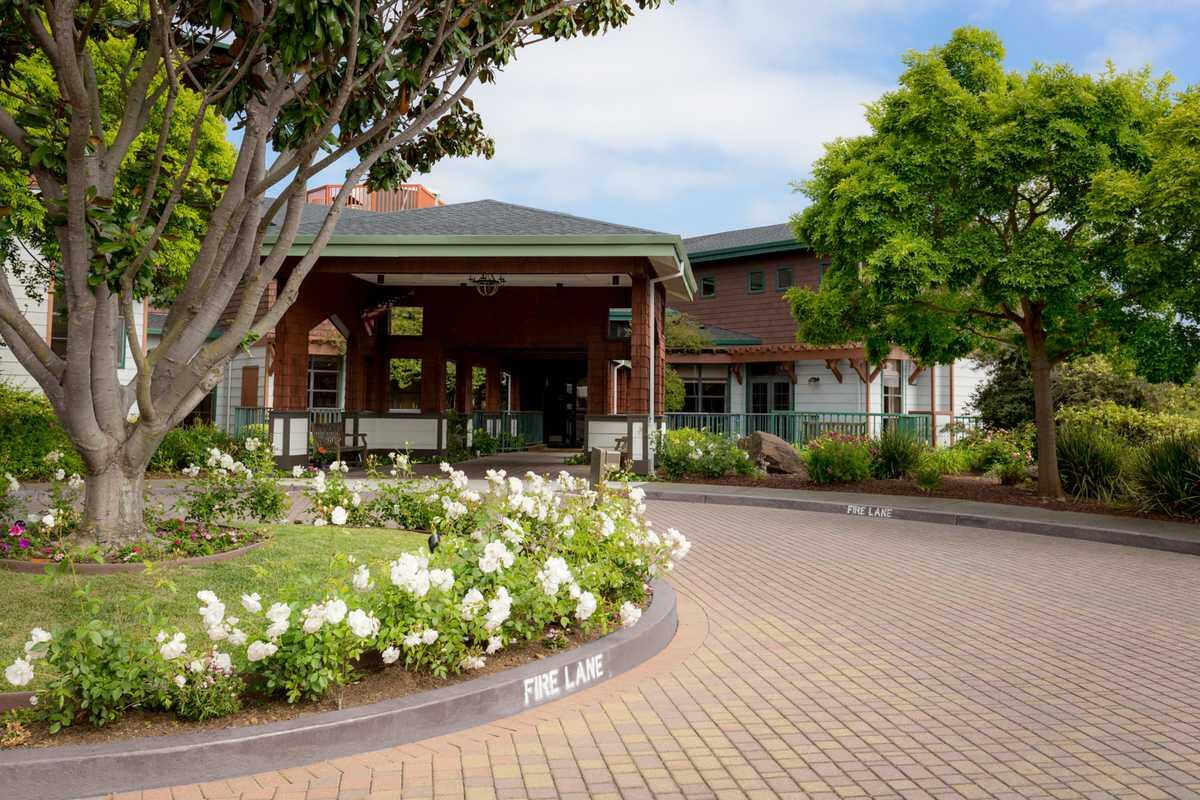 Photo of Vallejo Hills Retirement Community, Assisted Living, Vallejo, CA 11