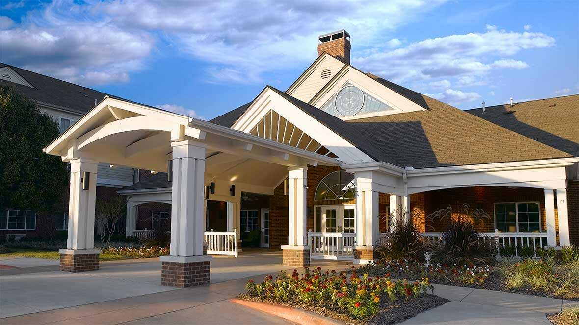 Thumbnail of Atria Grapevine, Assisted Living, Grapevine, TX 1