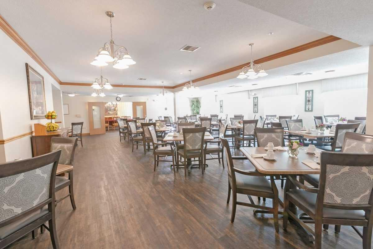 Photo of Heritage Woods of Moline, Assisted Living, Moline, IL 3