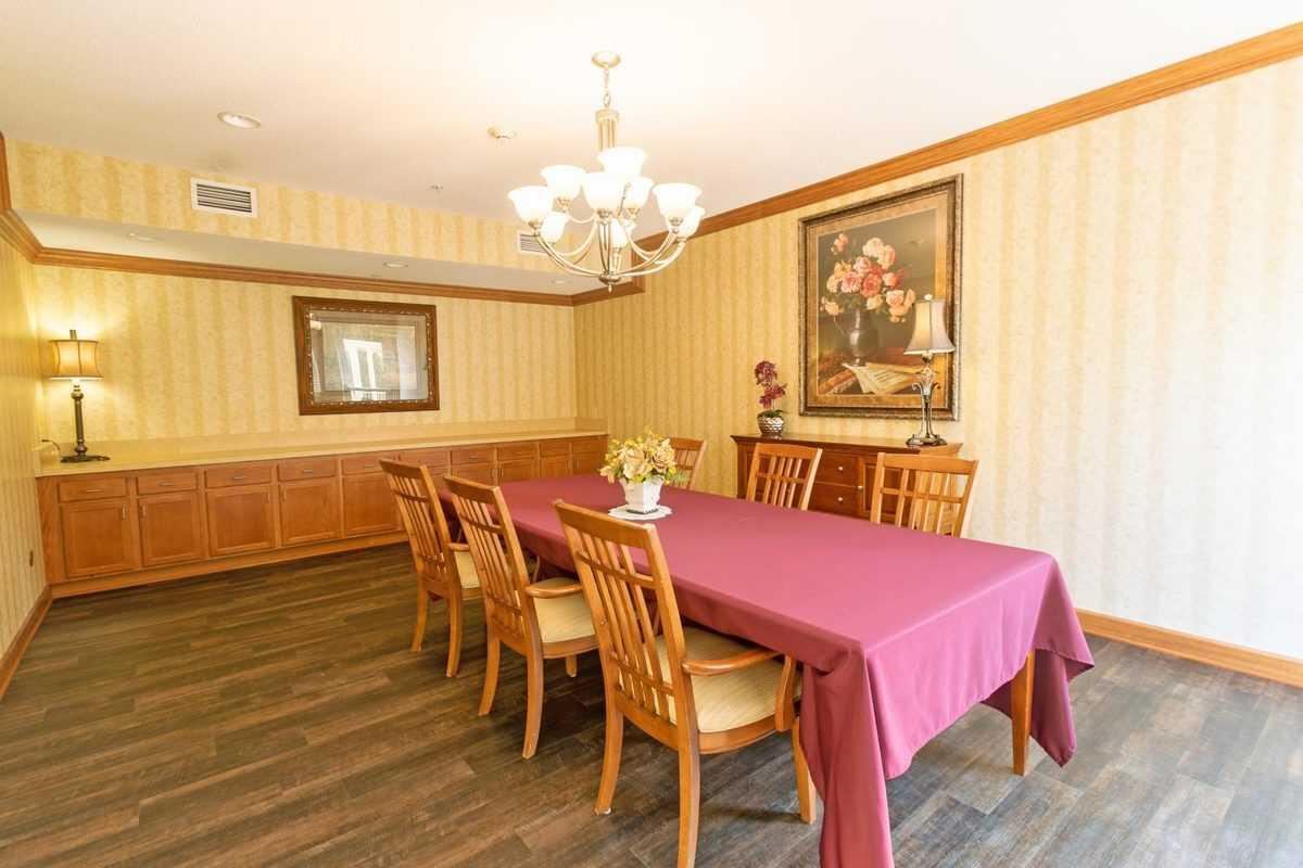 Photo of Heritage Woods of Moline, Assisted Living, Moline, IL 4