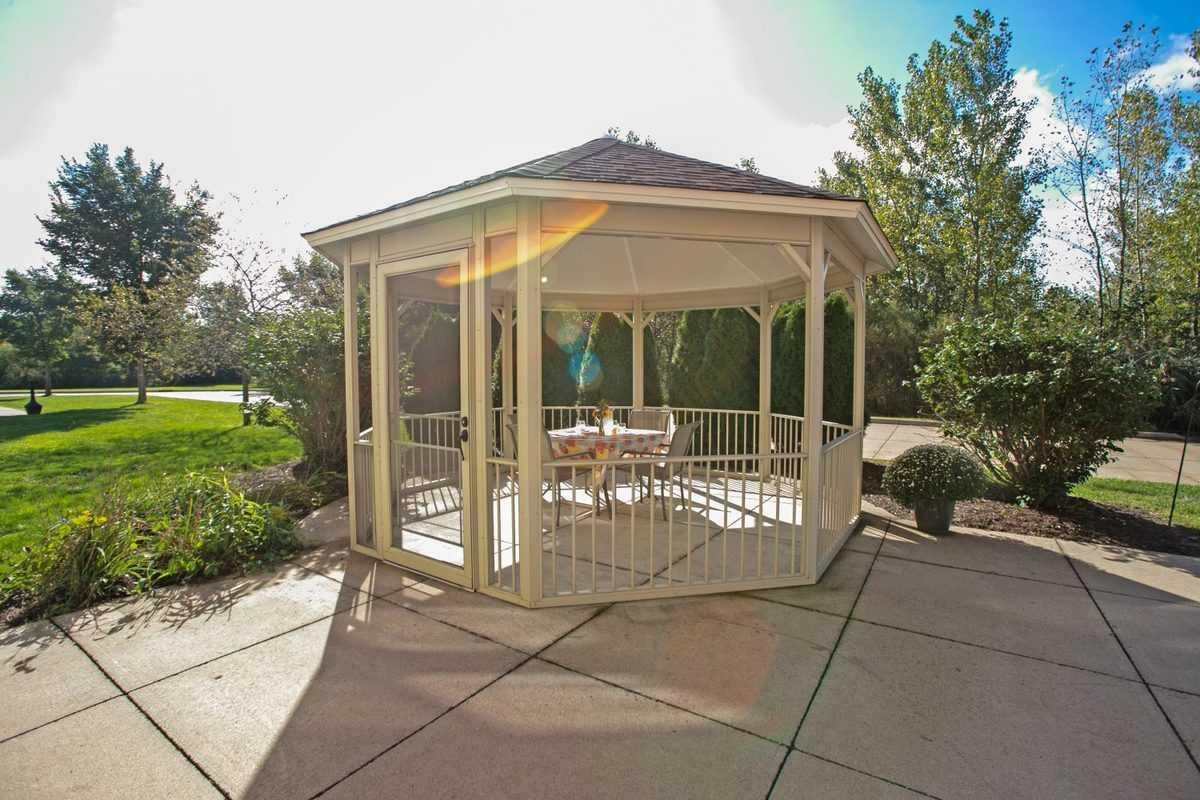 Photo of Heritage Woods of Moline, Assisted Living, Moline, IL 15