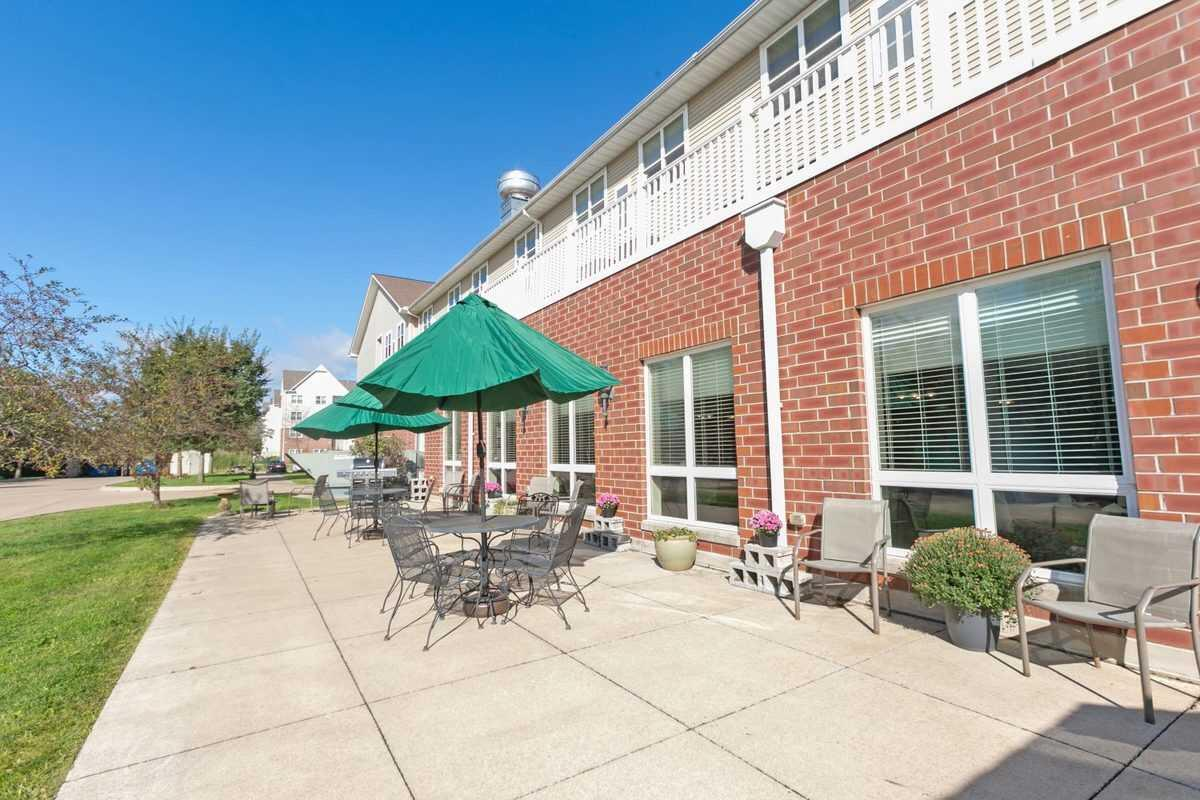 Photo of Heritage Woods of Moline, Assisted Living, Moline, IL 16