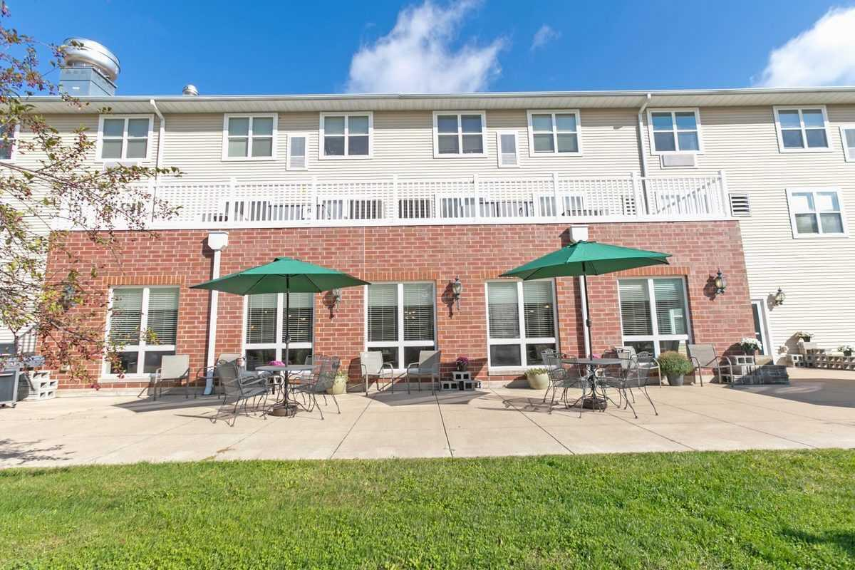 Photo of Heritage Woods of Moline, Assisted Living, Moline, IL 17