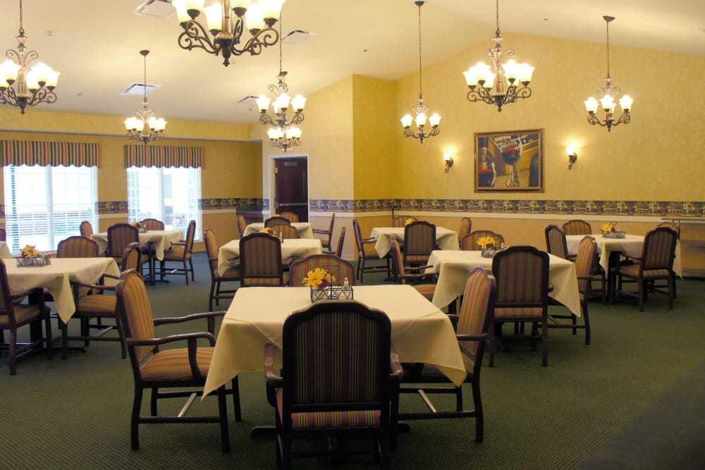 Photo of The Lakes of Monclova, Assisted Living, Maumee, OH 3